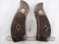 Smith & Wesson Grips K Round Magna Diamond 1962 Walnut Fits K or L Frame Round Butt Revolvers factory S&W