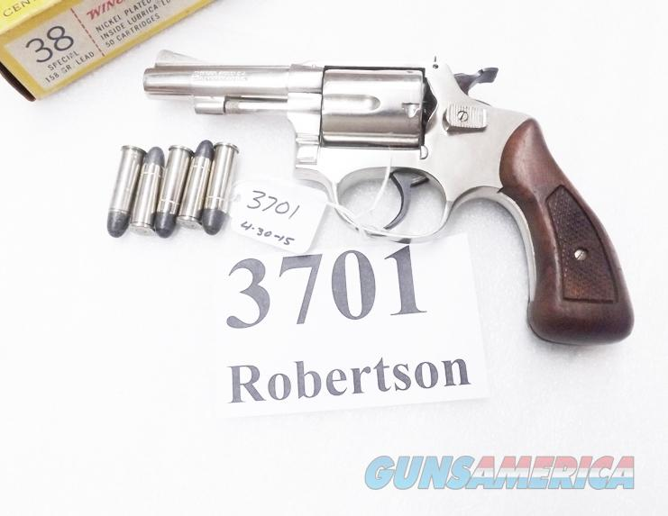 Rossi  38 Special model 68 Nickel 5 Shot Walnut Grips 38 Smith & Wesson  Special Caliber 36 Chief's Special Copy Interarms D Prefix Flat Latch ca