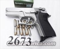 Smith & Wesson 9mm model 6906 Lightweight Stainless 13 Shot  Compact 3 Safeties 1 Magazine 104054