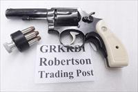 S&W K or L Frame Round Butt Imitation Ivory Revolver Grips for Smith & Wesson models 10 19 64 65 66 with Medallions GRKRDI Smith & Wesson Smooth Magna Small Type with Screw & Escutcheon