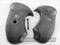 Grips Pachmayr Charter Arms Compac Bulldog Undercover New #GRCHAC