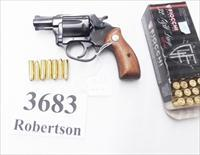 Charter Arms .32 S&W Long Undercover 2 inch Blue 5 Shot Lightweight Snub ca 1982 Stratford Production VG-Exc Walnut Grips