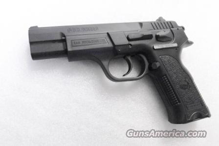CZ75 Clone SAR Arms EAA 9mm model SAR B6P 9 3 Dot Sights 16 shot 1 Magazine  Commander Hammer 4 1/2 inch K2 K-2 CZ Mag Compatible
