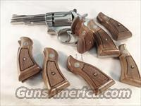 Smith & Wesson Factory Grips K L Frame Square Butt Revolvers Magna Service Walnut Excellent Unissued Los Angeles County Sheriff's Dept 1980s Production Models 10 13 14 15 16 17 18 19 64 65 66 67 581 586 681 686