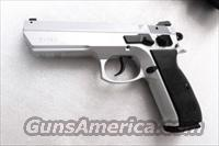 CZ75 Clone Tri Star T120 9mm Hard Chrome 18 shot with 2 Mec-Gar 17 Shot Magazines Alloy Frame Commander Hammer 4 1/2 inch 3 Dot NIB EAA Witness Competitor CZ Mag Compatible