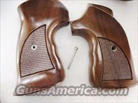 Grips Colt I Frame Sile Walnut Thumb Rest Target 1970s Officers Model Target Type Python Official Police Commando New Old Stock