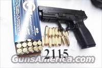 Springfield Armory .40 XD40 with 2 Magazines Gear Pack Excellent in Box