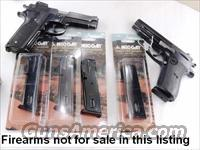 3 Smith & Wesson 5906 Magazines 15 Shot Mec-Gar 3x$26 New Blue S&W models 59 459 659 5903 5906 5946 Star 28 30 Kel-Tec SUB 2000