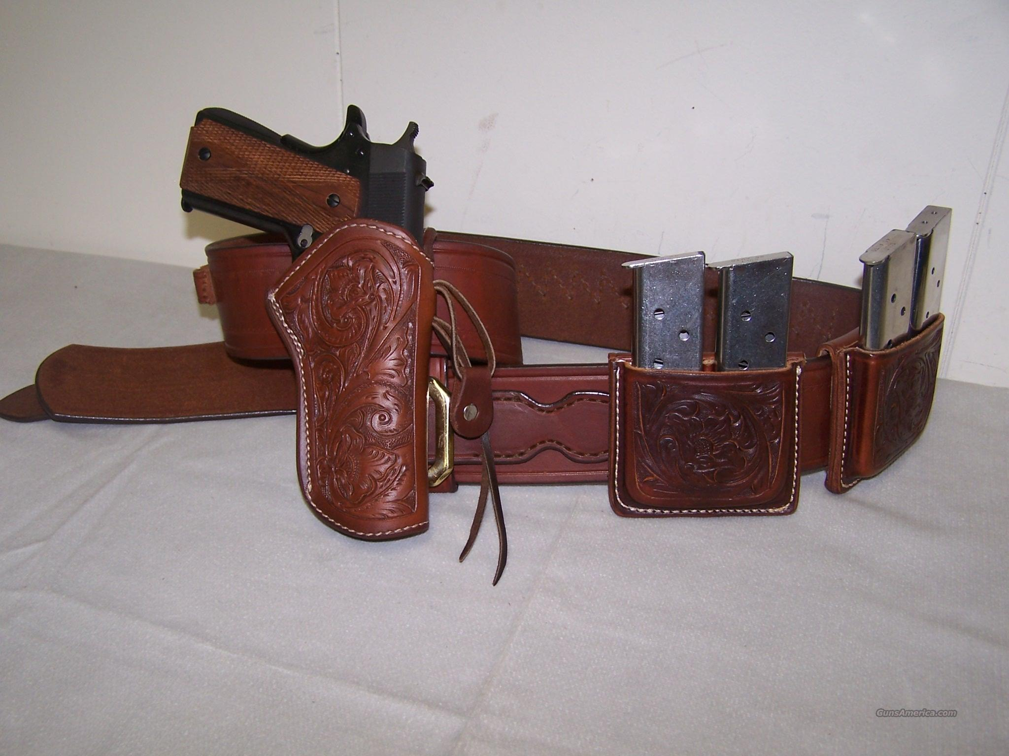 WILD BUNCH 1911 FLORAL HOLSTER