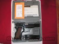 Browning HI-POWER 9mm as new in case