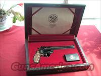 SMITH & WESSON MAGNE CLASSIC .44 MAGNUM 1 OF 3000