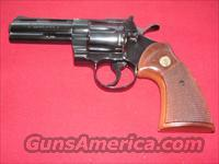 COLT PYTHON 4in CAL.357 MAG.