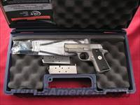 COLT MUSTANG CAL. 380ACP LIKE NEW IN CASE