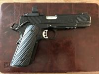 Springfield Operator 1911 with DeltaPoint