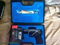FNH FNX-40 Caliber Semi-Auto with 3-14 Round Mags/ & 4 interchangeable backstraps BNIB! NICE Price!