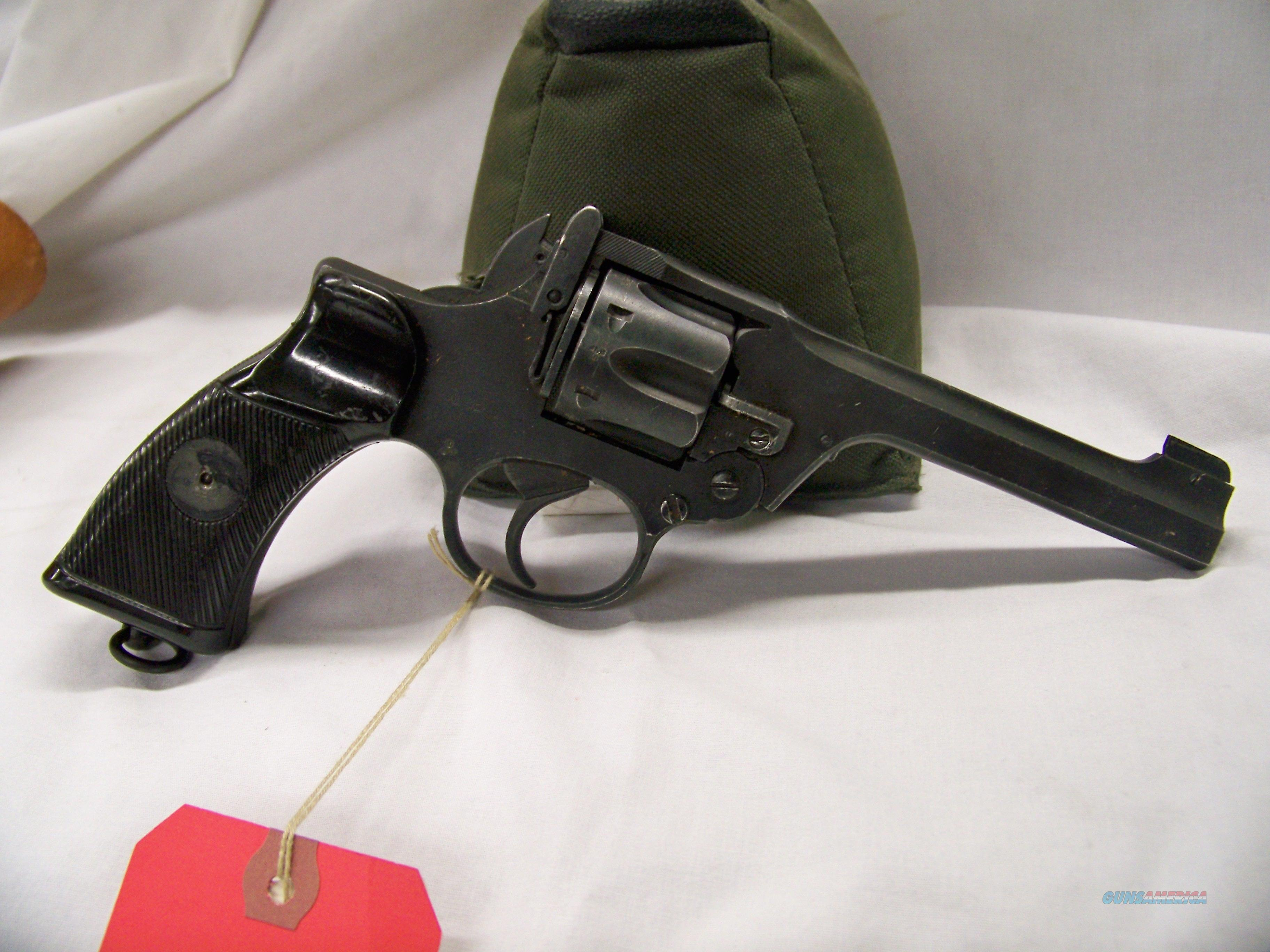 Enfield No  2 Mk 1 in  38/200 with leather holster