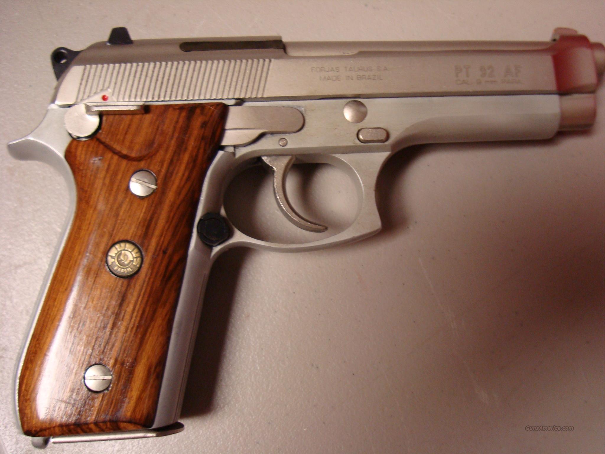 Taurus Pt 92 Af Shoulder Holster Exploded View Of The Pt92 Also Sig 1911 Diagram 9mm Pistol Guns Pistols Revolvers