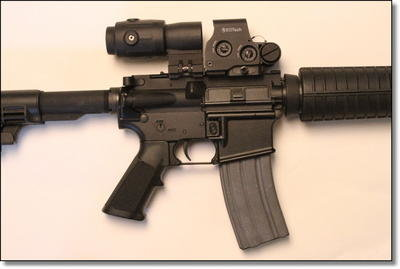 The EOTech EXPS-3 and G23.FTS mounted on a STAG Arms M4 rifle