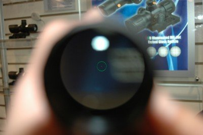 The green circle dot reticle on the Accushot.