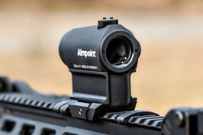 Aimpoint H-1 in Aimpoint High Mount