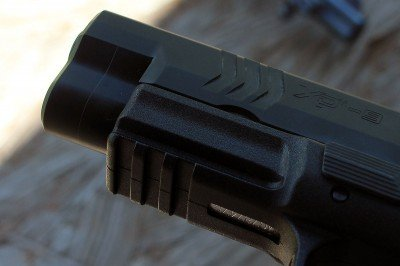 The front serrations allow for even more options for manipulation.