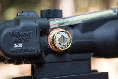 """The Trijicon features """"always on"""" illumination powered by fiber optic and tritium lamp."""