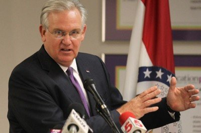 Missouri Governor Jay Nixon briefs reporters on his decision to veto a bill in Creve Coeur, Missouri, on June 24, 2014.  (Photo: UPI/Bill Greenblatt)