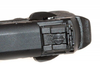 The rear sight is easy to adjust as it now has a drifting blade within the sight assembly that moves with a hex screw.