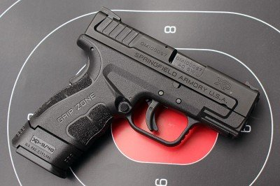 The new XD (Mod 2) maintains the same dimensions, but the slide and grip both feel even narrower in this design.