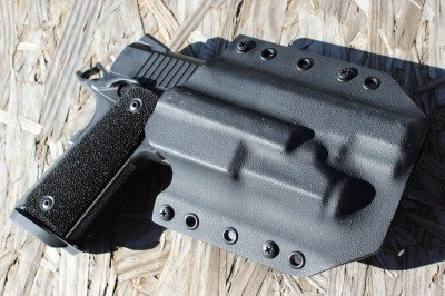 The Recon in a Bravo Concealment holster.