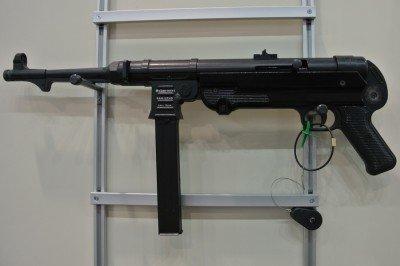 MP-40 9mm.