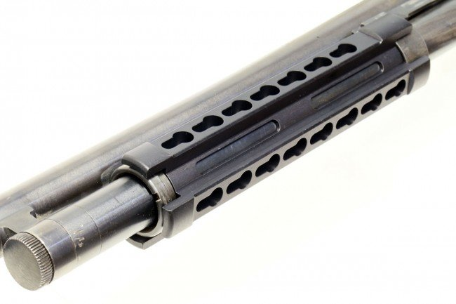 Fitting over the magazine tube, the Mossberg 500 rail adds very little bulk.