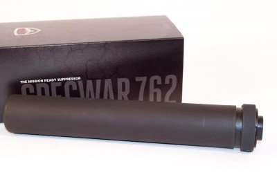 SilencerCo's Specwar 762 is a heavy duty can and full auto rated.
