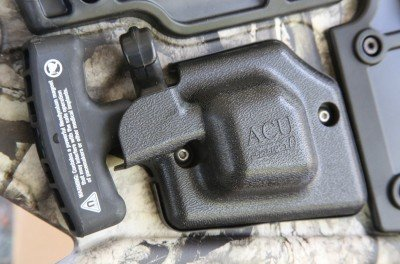 The AccuDraw 50 system sits on both sides of the stock, and those handles have magnets to hold them down.