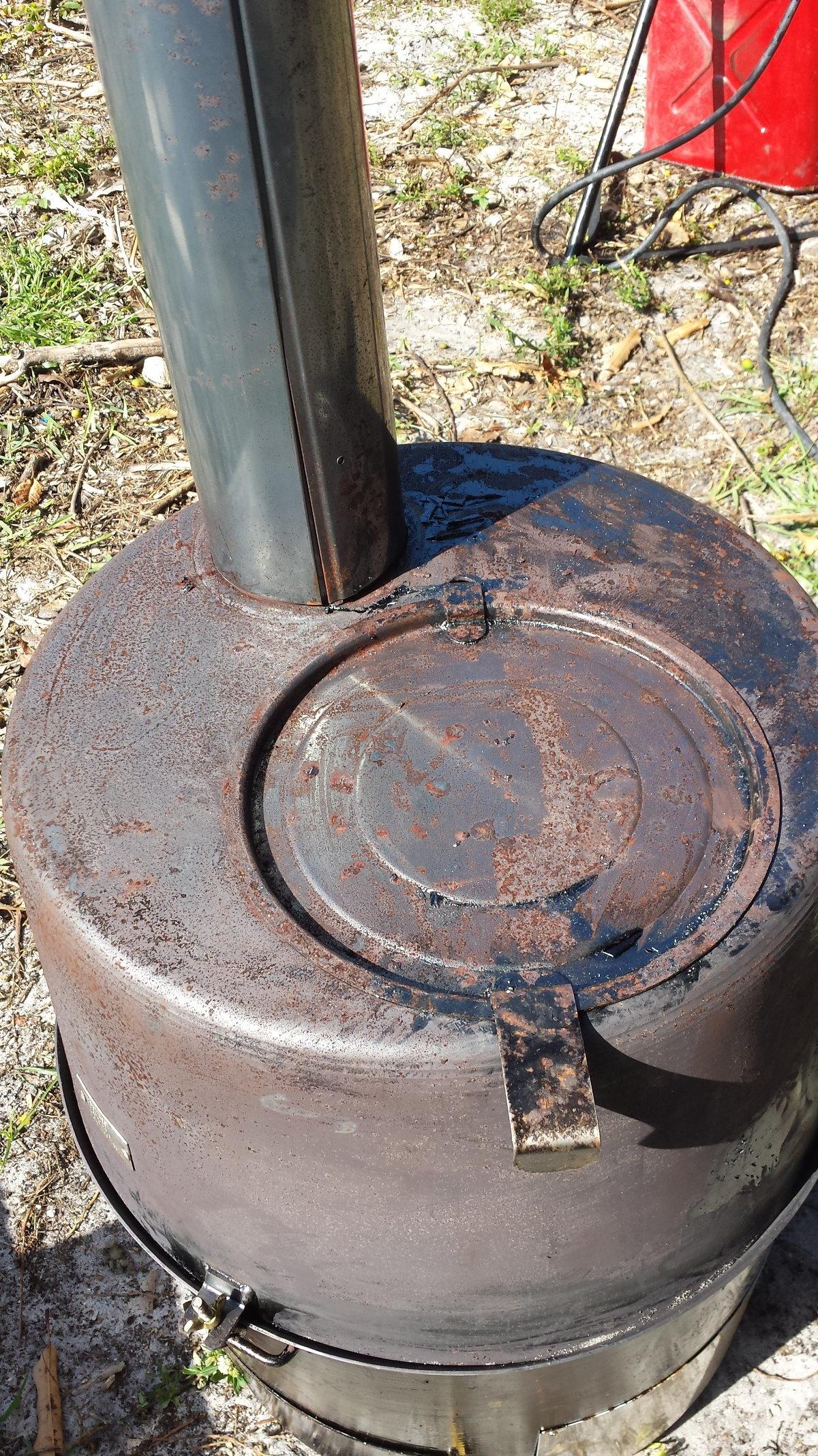 Urban Survival Heater Stove Burns Oil