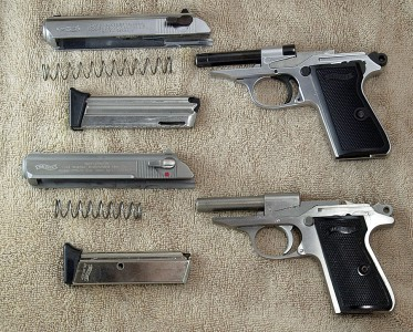 Even field stripped the .22 and .380 are nearly identical.