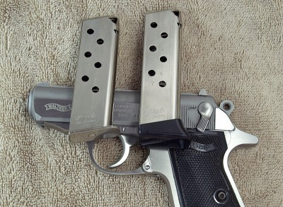 The .380 auto version comes with two 7-round magazines.