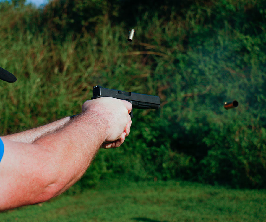 Two cases in the air, and two shots on target. The GLOCK 40 can be both fast and accurate.
