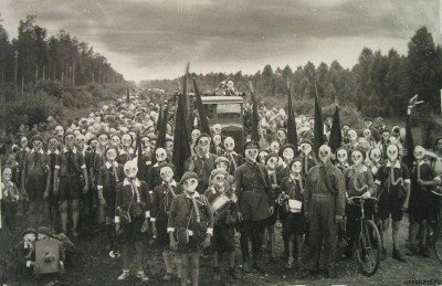 group-gas-mask-picture