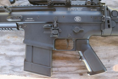 The SCAR uses a propriatary magazine. There are aftermarket options, like this plastic version, available.