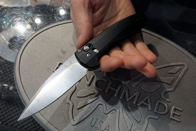 You can get a sense of how the knife fits in one's hand.  It's ergonomically sound.