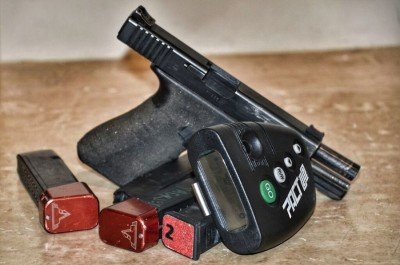 Dry fire gear: Glock 34, Pact Inc. Timer, and EMPTY mags with Taran Tactica extended base pads.