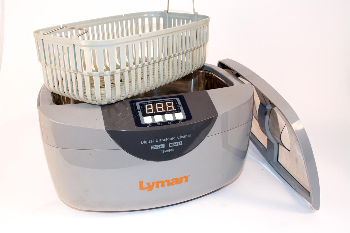 Since the cycle time is fast, even a small ultrasonic cleaner like this one can handle a lot of brass quickly.