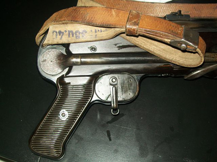Winter Trigger Closed Side attached to gun.