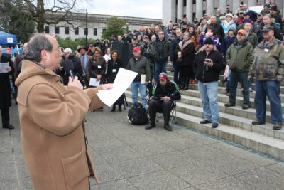 CCRKBA's Alan Gottlieb spoke to Second Amendment activists at a rally in Olympia. (Photo: The GunMag)