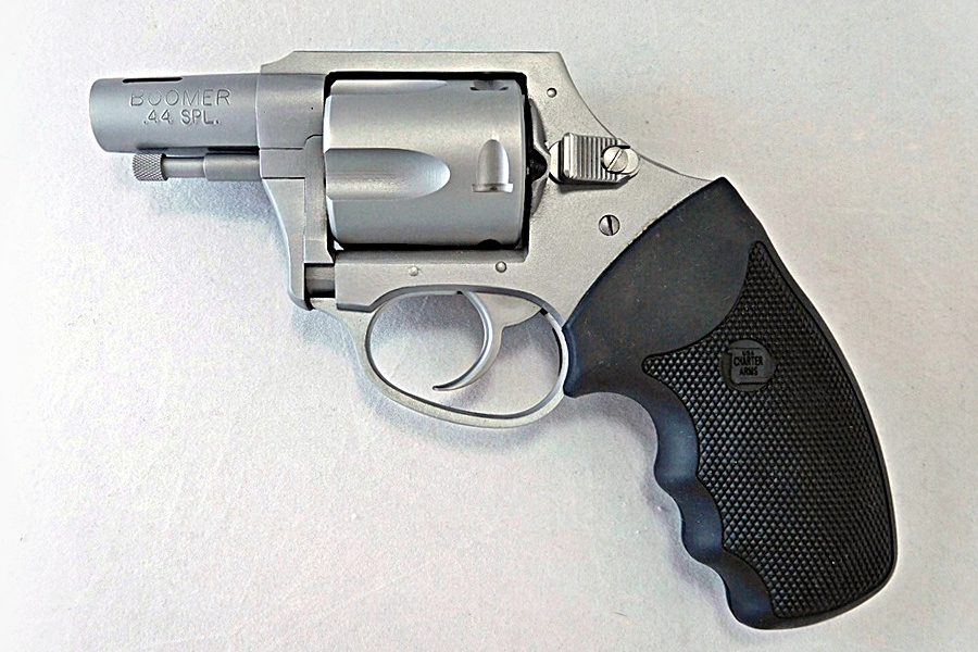 The Charter Arms Boomer, the 'Big Stick' of Snub-Nosed ...44 Magnum Snub Nose Revolver