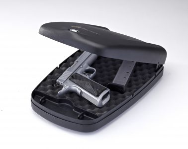 1410991171-98171-Key-Lock-Safe-2700KL-open-with-1911