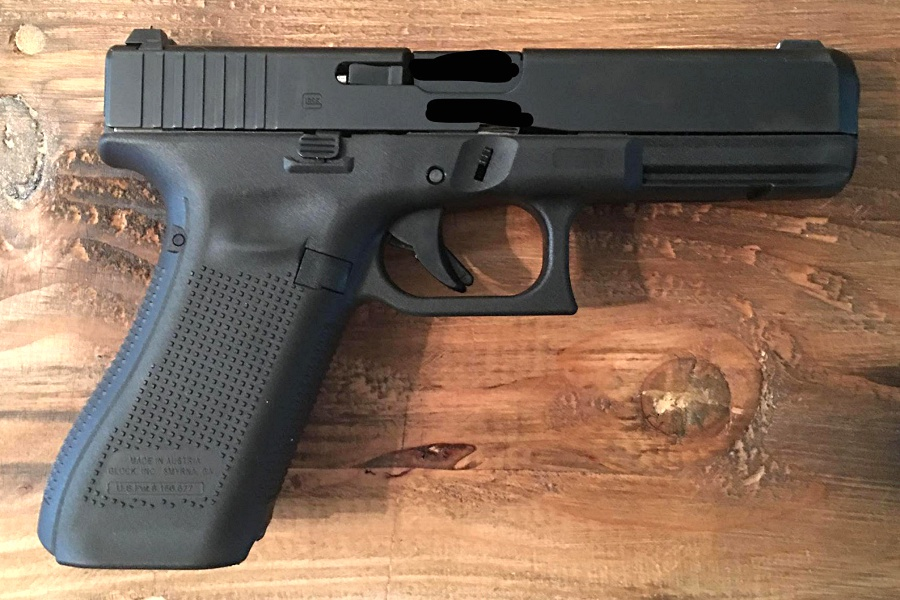 Check out These Leaked Photos of 'Gen 5' Glock 17M