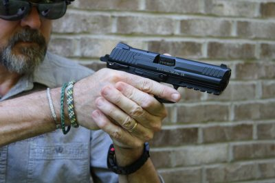 The author found the P30L to be a good carry gun, even with the elongated barrel and slide.