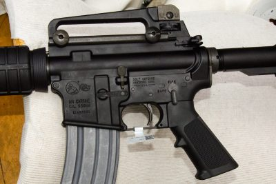 Anyone familiar with a stock M4-style gun will be right at home with the controls of the Expanse. The author added the carry handle.